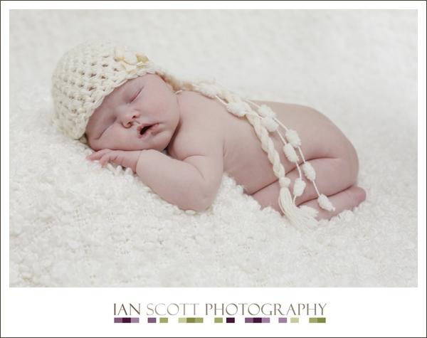 newborn photography Hertfordshire 17