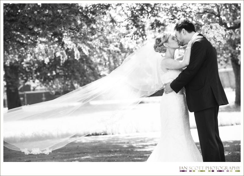 weddingphotographyoffleyplace_0013.jpg